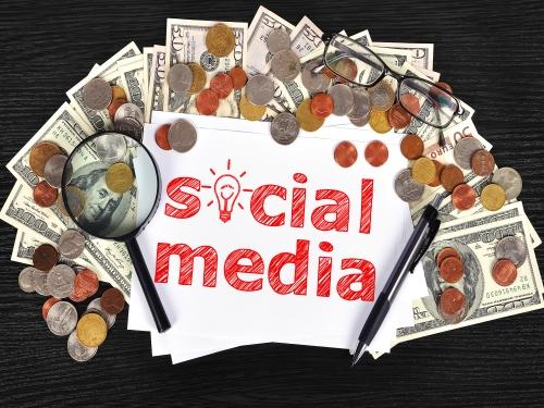 social media for finance industry